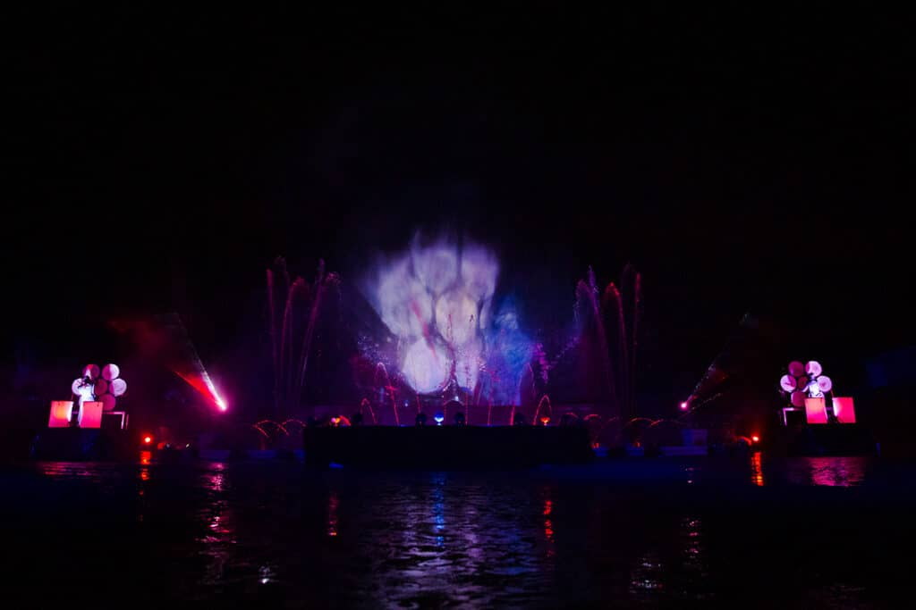 Baroková vodná show